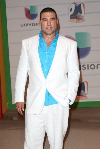 A Eduardo Yáñez siempre lo hemos visto con el cabello corto.