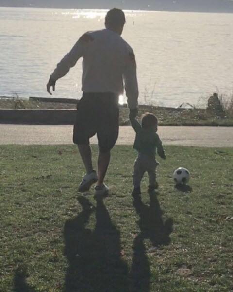 Poncho Herrera y su bebé