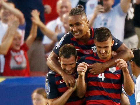 Jamaica y El Salvador empataron 1-1 y califican a cuartos USA NIC.jpg