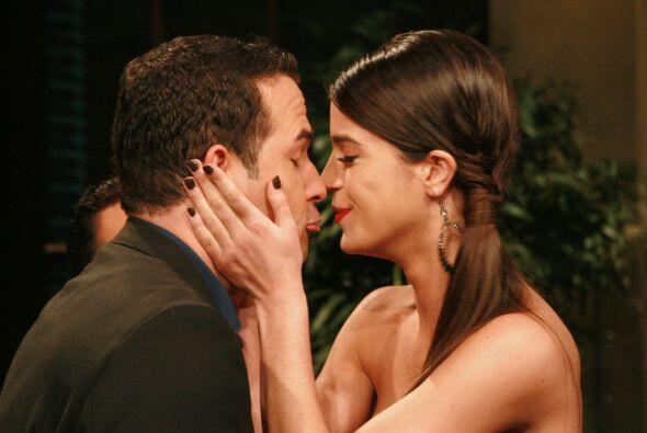 Pues a Carlos y a Mi Amor se les ha visto muy cariñosos