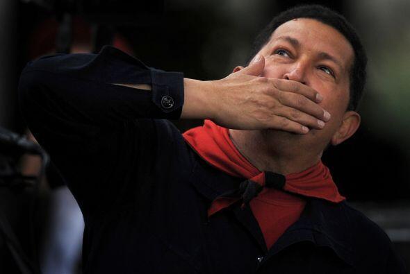 En Caracas, el presidente de Venuezuela, Hugo Chávez conmemoró el noveno...