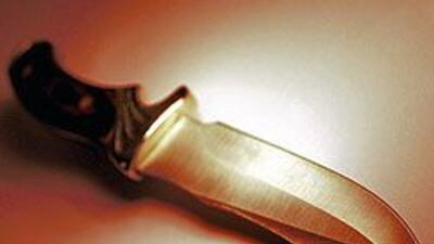 Mujer en Fresno apuñaló más de 20 veces a su pequeño hijo de 3 años. 423...