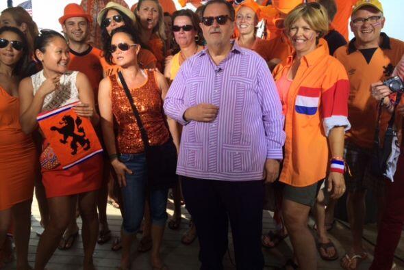 También hubo algunos fanáticos del equipo de Holanda.