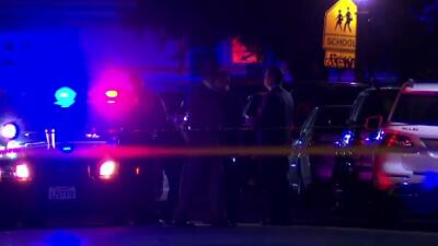 Policía acude al escenario del asesinato de una niña en Compton