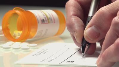 ¿Qué es la farmacogenómica y cómo podría ayudar a los doctores en el momento de recetar medicamentos?