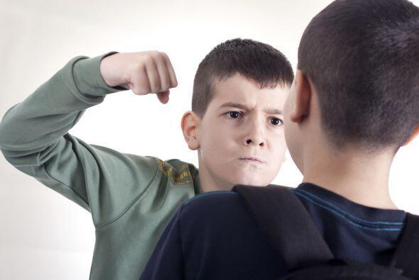 Para empezar, los primeros indicativos de que un niño está fuera de cont...