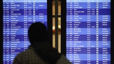Cancelaron cientos de vuelos previo a la tormenta