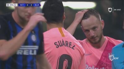 Anulado gol a Luis Suárez: el balón había salido en el centro previo de Rakitic