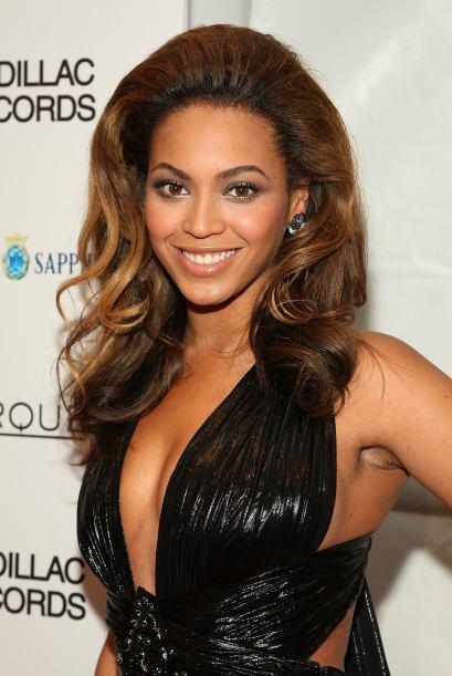 Esta mujer tiene las proporciones perfectas y con toda seguridad podemos...