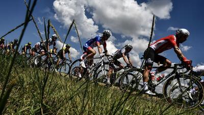 ¡Fiesta sobre ruedas! Postales de color en el comienzo del Tour de Francia