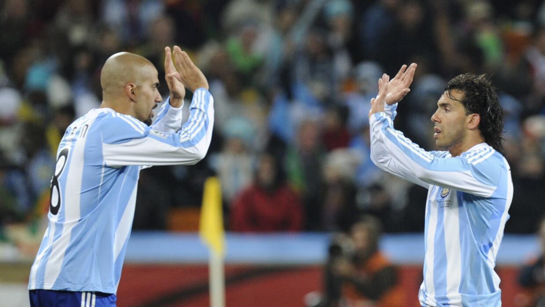 Verón y Tévez en el Mundial de Sudáfrica 2010