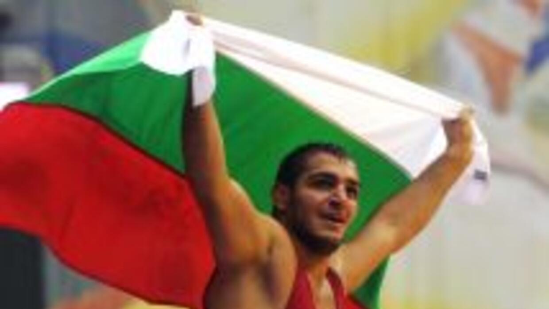El búlgaro está herido de gravedad y no se sabe si volverá a competir.