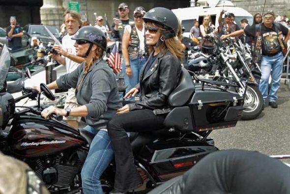 El paseo de Palin no estuvo ajeno a la controversia.