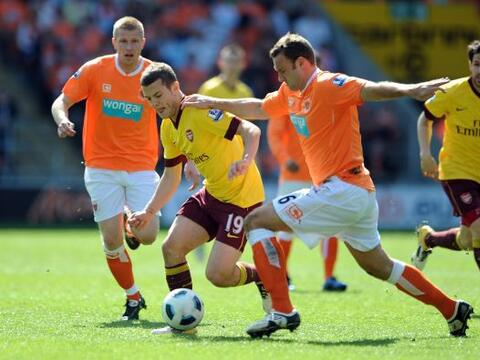 La fecha dominical de la Liga Premier inglesa tuvo un par de duelos, des...