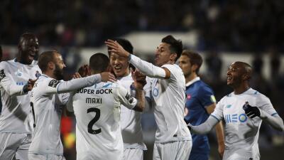 El Oporto gana al Belenenses 1-2 y se aproxima a la cabeza de la Liga portuguesa