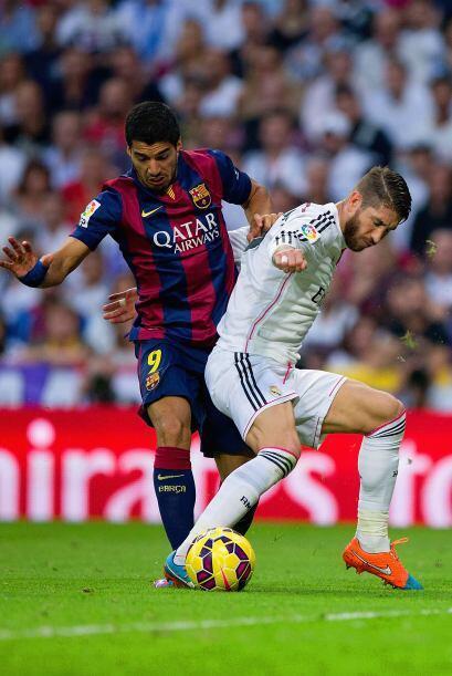 Luis Suárez no tuvo mucha participación aunque dio el pase de lado a lad...