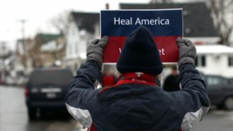 Manifestante en New Hampshire antes de las primarias en ese estado.