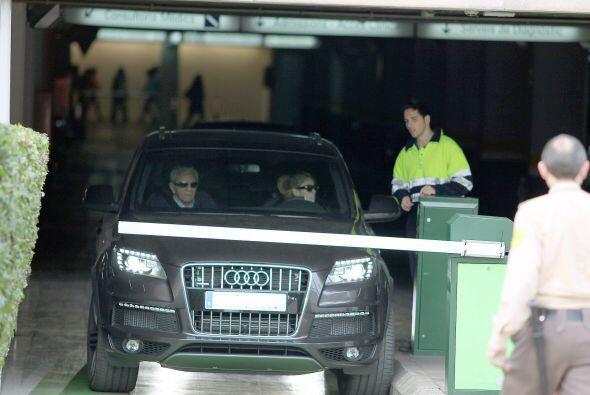 Hace un par de días, Shakira fue vista saliendo del consultorio de su gi...