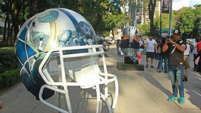 El arte mexicano se instala en los cascos de la NFL