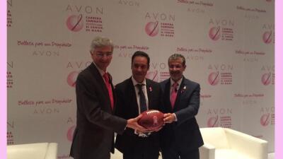 Arturo Olive de NFL México, Roberto Sada de Avon y el Dr. Gerardo Castor...