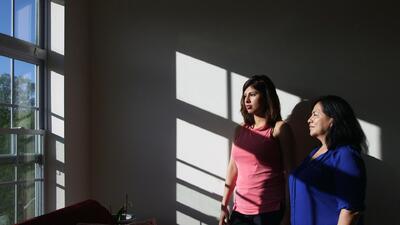 La silenciosa batalla de una inmigrante para despertar el voto hispano e...