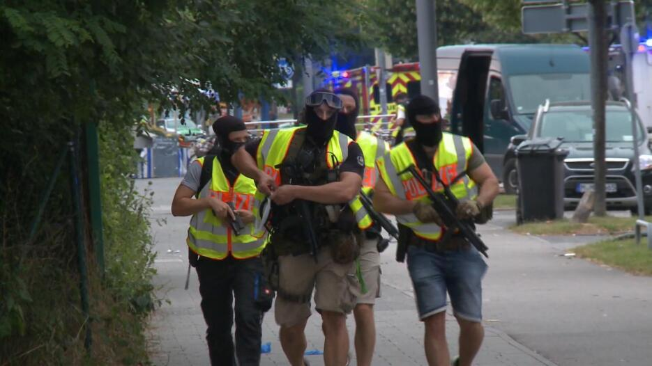 Imágenes de la persecución a los autores del tiroteo en Münich tiroteo%2...