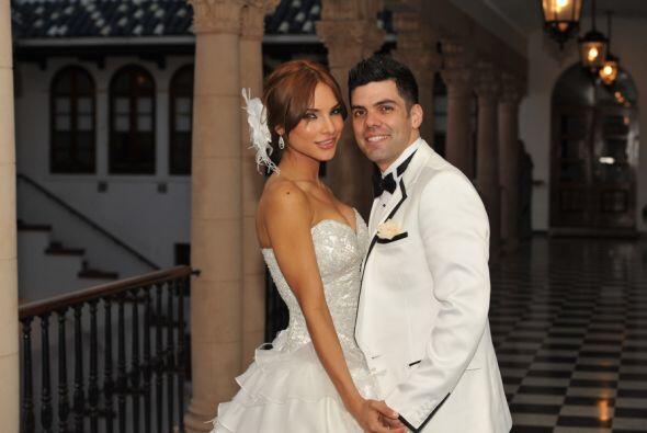 En 2010, este galán decidió pedirle matrimonio y los planes de este bell...