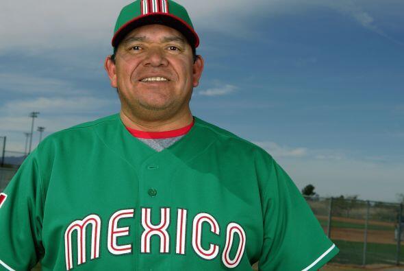 Formó parte del staff de coacheo de la Selección Mexicana en el Clásico...