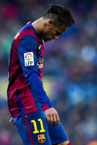 Neymar se vio poco en el partido.