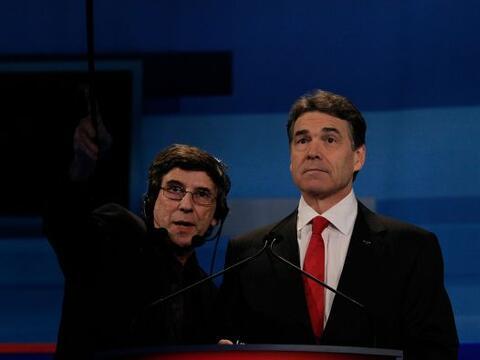 1. En el debate de Carolina del Sur, Rick Perry acusó al gobierno...