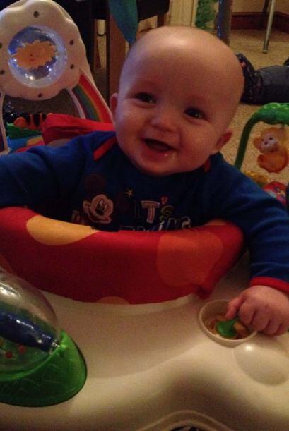 Con apenas diez meses de nacido, el bebé Jacob donó du medula ósea a su...