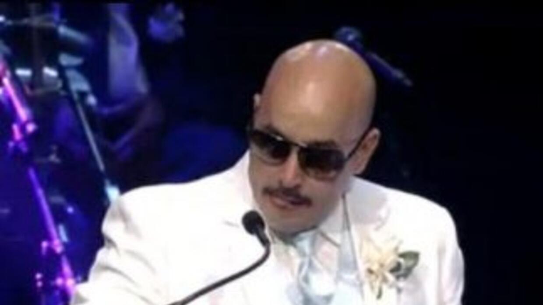 Lupillo Rivera despidió a su hermana con lágrimas en los ojos y con un e...