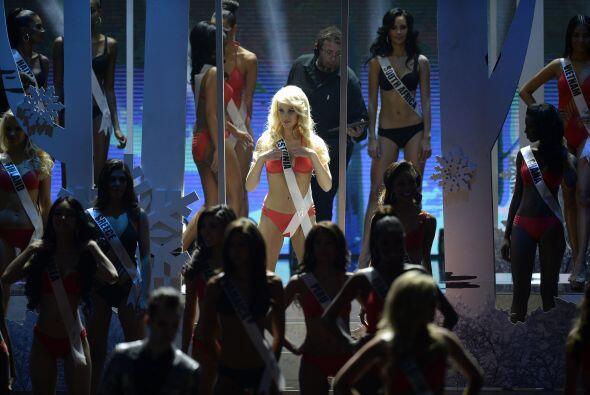 Una de las etapas más esperadas por todo el público fue la de los trajes...