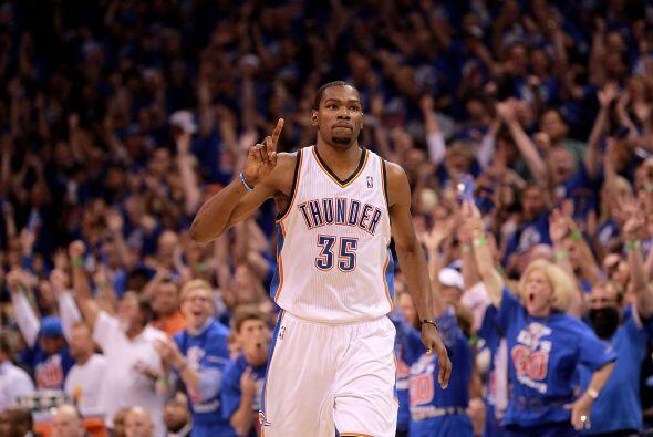 Kevin Durant es una de las líderes del conjunto de Oklahoma. Su equipo e...