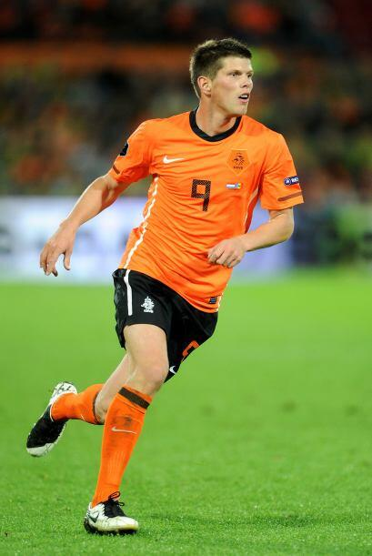 Klaas-Jan Huntelaar. Posición: Delantero. Fecha de Nacimiento: 12 de ago...
