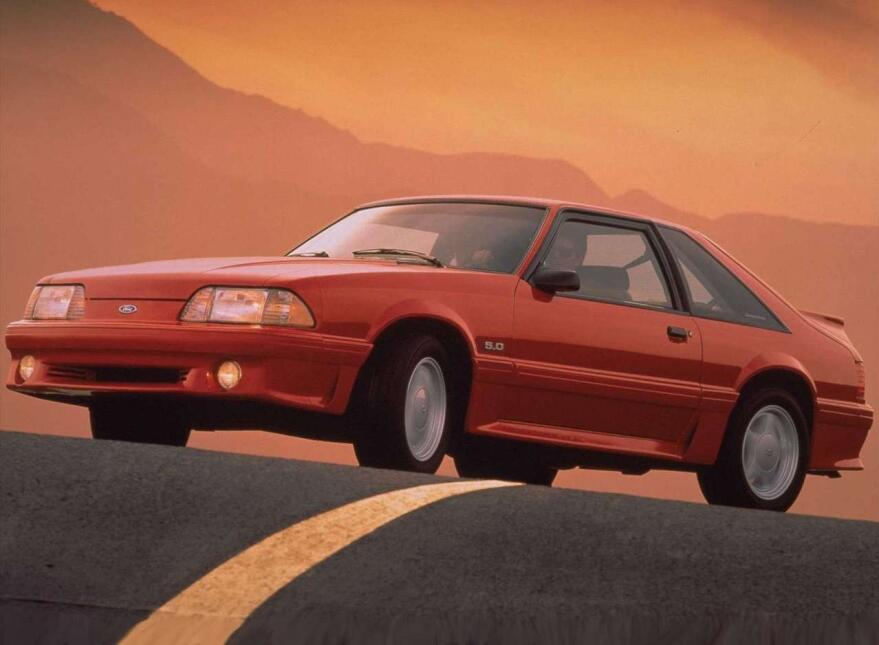 Medio siglo del Ford Mustang Fastback Ford-Mustang_GT-1993-1280-01.jpg