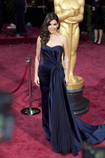 Sandra Bullock llega a la 86 ª ceremonia anual de los Premios Oscar de l...