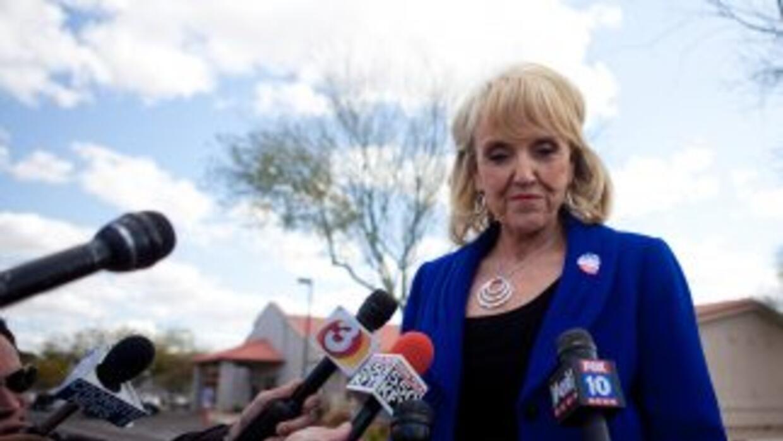La gobernadora de Arizona, Jan Brewer.
