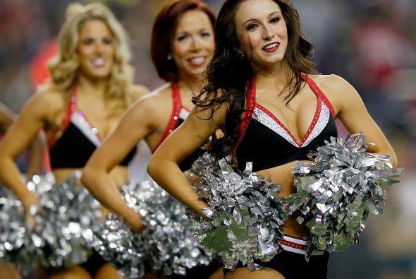 Las bellísimas porristas de los Atlanta Falcons fueron el atracti...