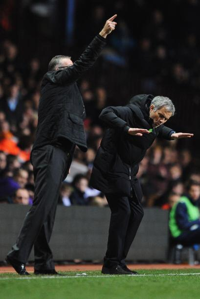 El Portugués José Mourinho volvió a dar su espect&a...