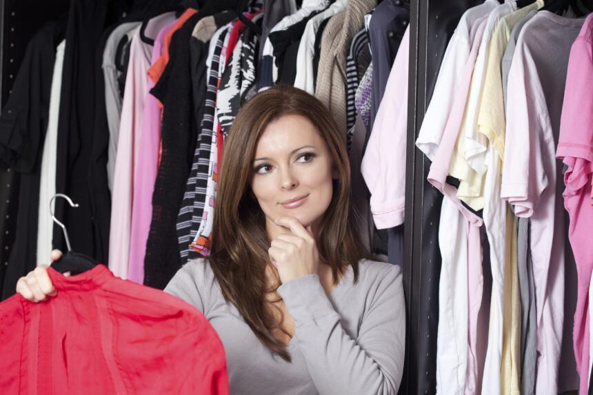 Tómate el tiempo necesario para clasificar la ropa, tú decides si lo har...