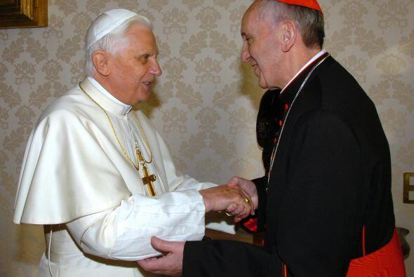 El cardenal argentino Jorge Mario Bergoglio, el Papa Francisco I, es un...