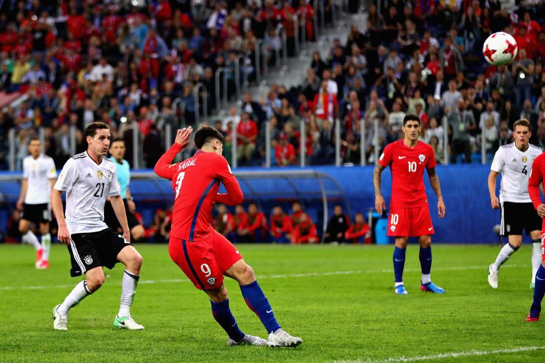 Análisis: Alemania y Chile inventan el micro-fútbol 16.jpg