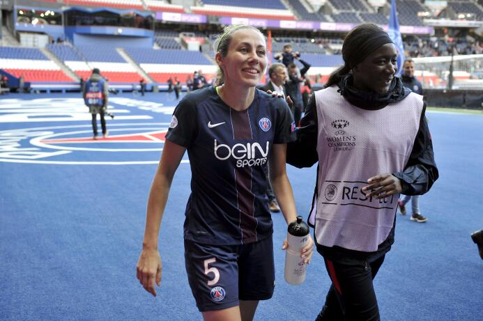 En el PSG en la defensa aparece Sabrina Delannoy (31 años) quien ha marc...