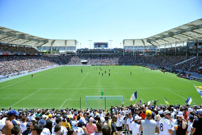 Todo lo que tienes que saber sobre los 20 estadios donde juegan los equi...