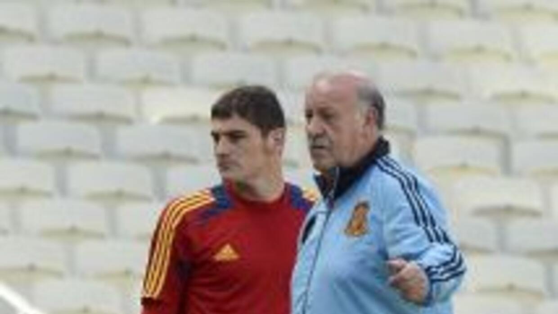 Del Bosque probablemente le de la titularidad a Iker Casillas.