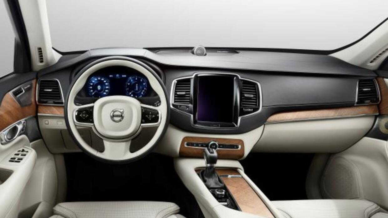 El completamente rediseñado interior de la nueva XC90.