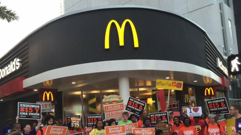 Miami se une a la marcha nacional por el salario mínimo