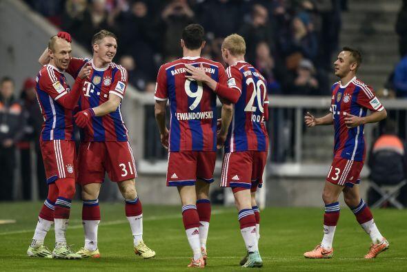 En la presente campaña 2014-15, el conjunto bávaro rompió dos récords qu...