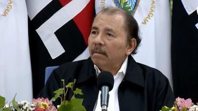 El presidente de Nicaragua Daniel Ortega recovó el polémic...